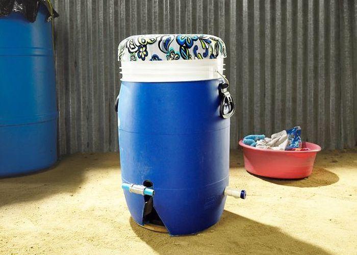 Концептуальная стиральная машина для бедных стран (4 фото)