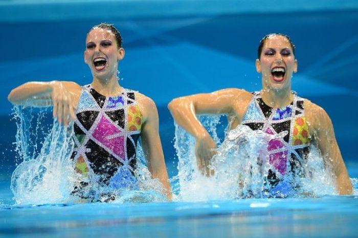 Забавные выражения лиц синхронного плавания (43 фото)