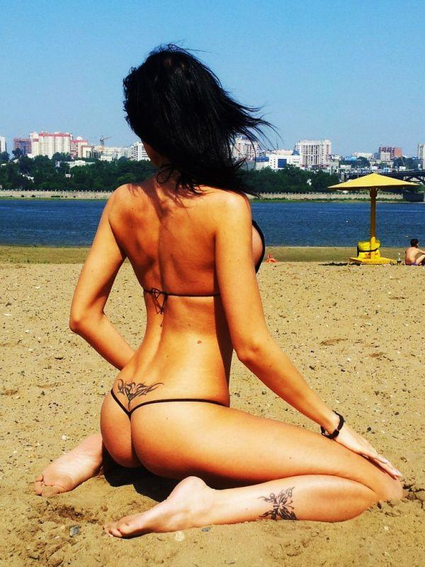 Стройная красотка из Новосибирска (14 фото)