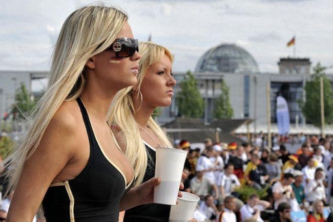 Немецкие фанатки евро 2012 53 фото