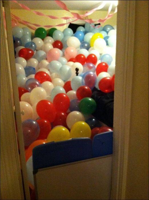 Как разыграть друга, который уехал на пару дней (17 фото)