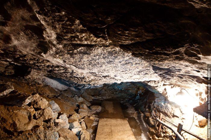 Кунгурская пещера из льда (54 фото)
