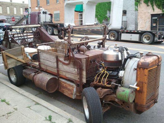 Странный самодельный спорткар (9 фото)