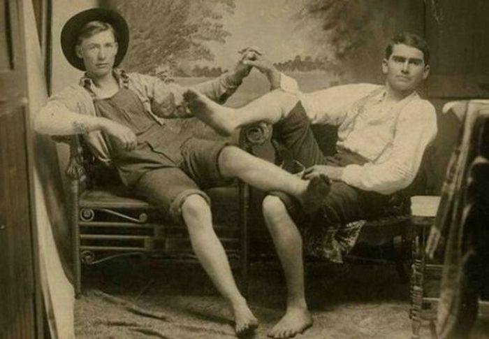 Мужская дружба, которая переходит в необычную привязанность (71 фото)
