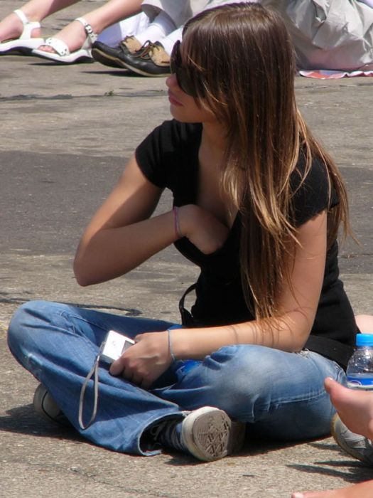 Девушки, с которыми можно познакомиться на улице (31 фото)