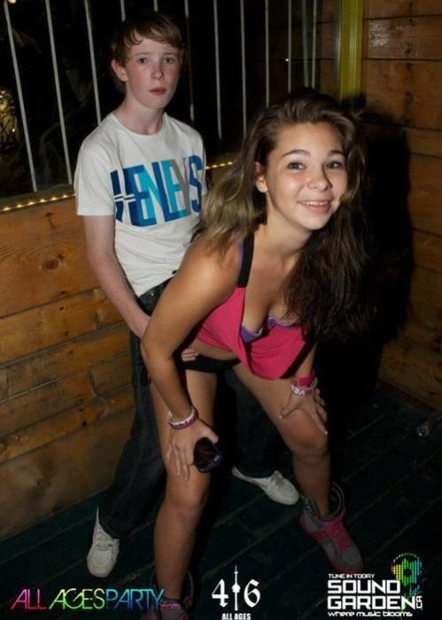 Дети в зарубежных ночных клубах (29 фото)