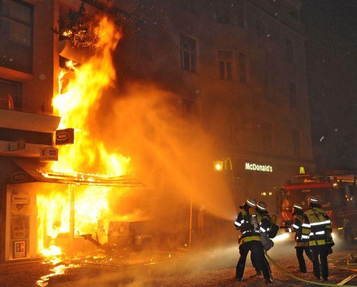Эхо войны в Мюнхене (18 фото)