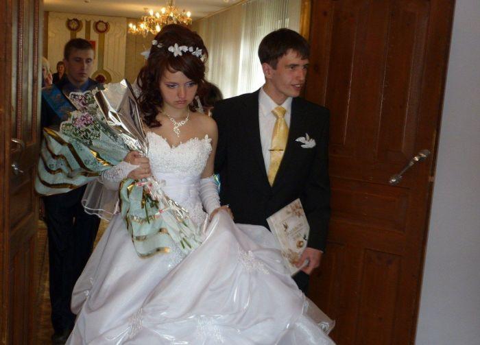 """Самая """"счастливая"""" невеста (5 фото)"""