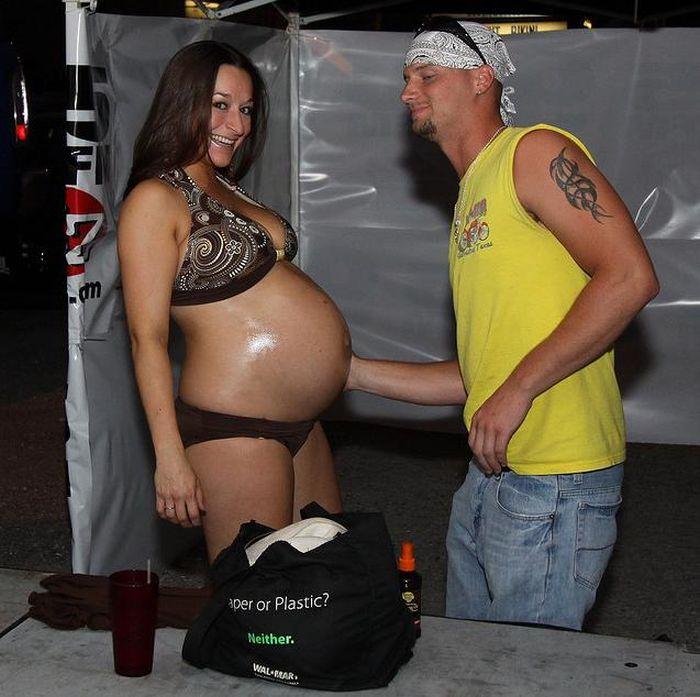 """Конкурс """"Беременные в бикини"""" (20 фото)"""