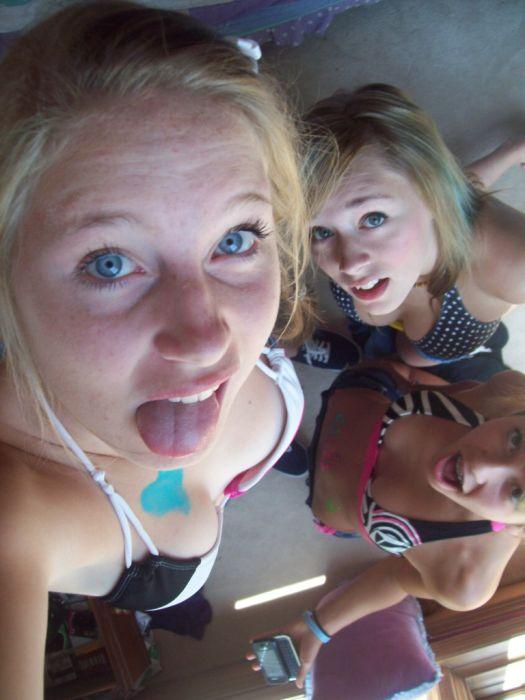 Девушки отрываются на вечеринках (70 фото)