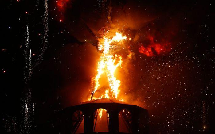 Фотоотчет с фестиваля Burning Man 2012 (40 фото)