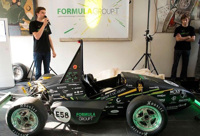 Первое в мире авто, распечатанное на 3D-принтере (20 фото)