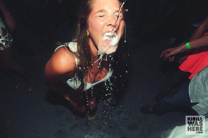 Необычная дегустация шампанского для девушек (30 фото)