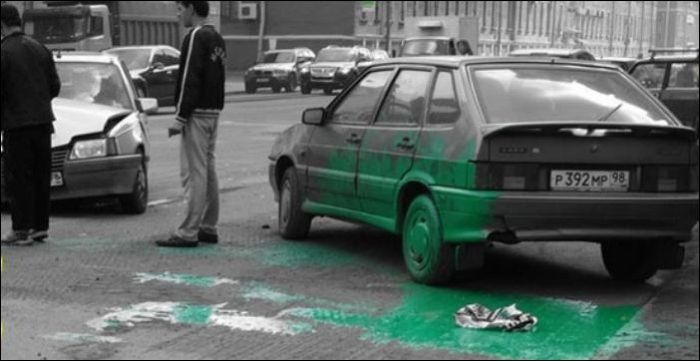 Перевозить краску в багажнике небезопасно (2 фото)