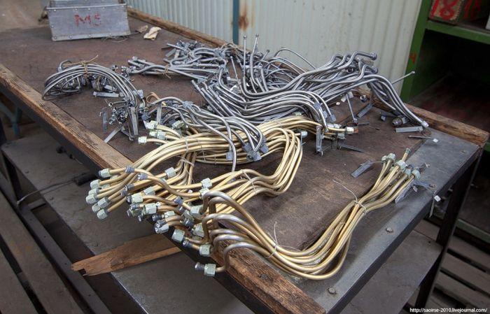 Обанкротившийся заготовительно-штамповочный цех (26 фото)
