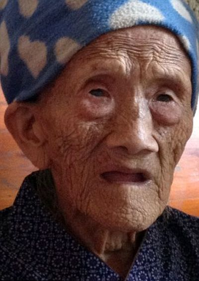 Долгожительница из Китая отметила 127й день рождения! (6 фото)