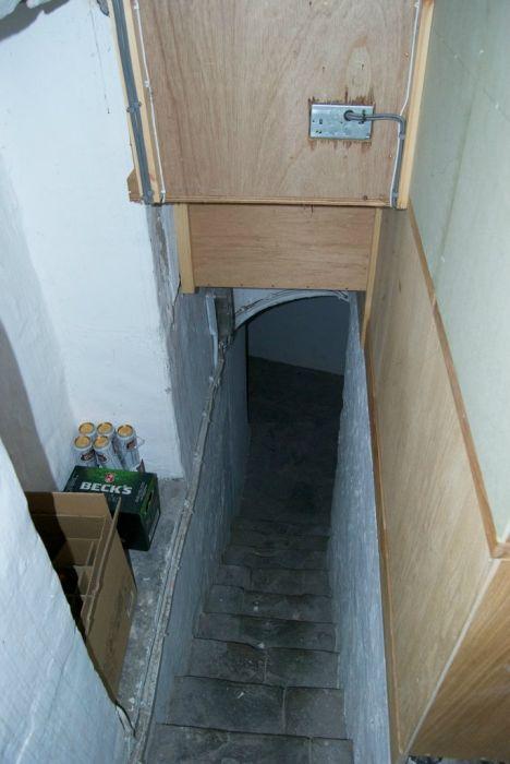 Тайная комната (12 фото)