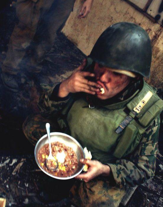 Первая чеченская война в исполнении китайских реконструкторов (34 фото)