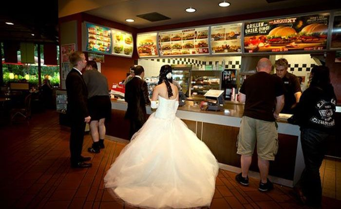 Бюджетная свадьба (4 фото)