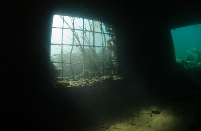 тюрьма на воде фото
