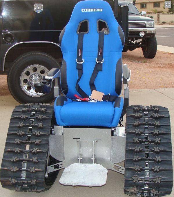 Инвалидное кресло для любителей острых ощущений (14 фото)
