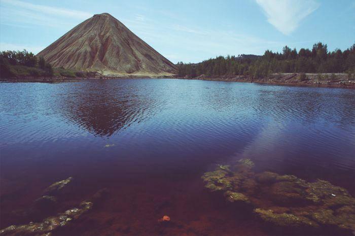 Прогулка по заброшенным рудникам Дегтярска (50 фото)