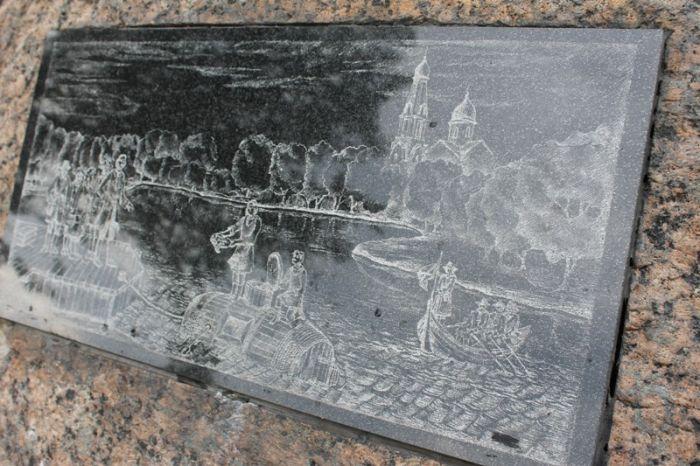 Точная копия первой подводной лодки в России (9 фото)