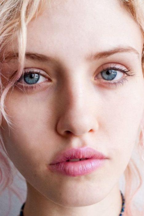 Портреты симпатичных девушек с красивыми глазами (40 фото)