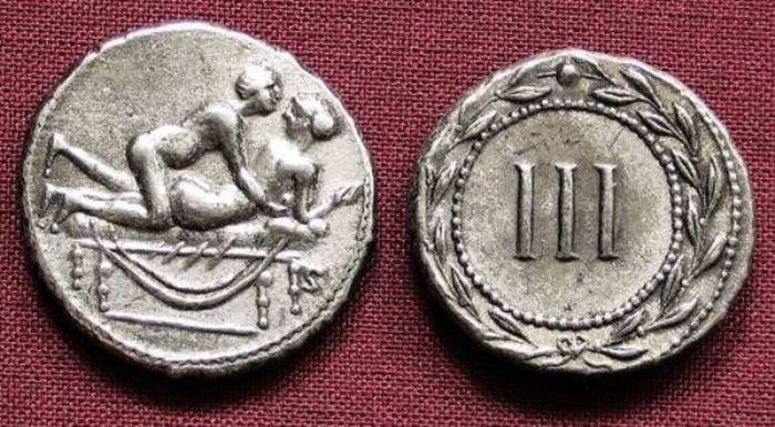 Необычные древние монеты-спинтрии (17 фото)