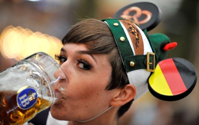Новая коллекция снимков с фестиваля Oктоберфест 2012 (31 фото)