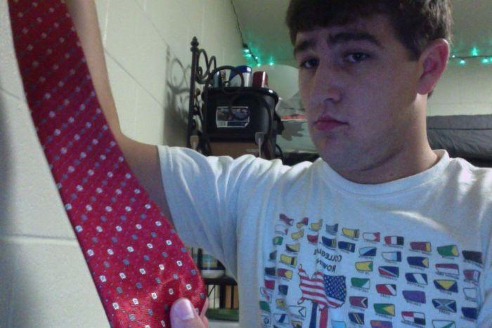 Итальянский галстук с сюрпризом (3 фото)