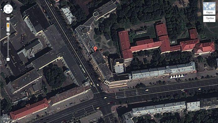 Белорусская академия искусств теперь видна из космоса (4 фото)