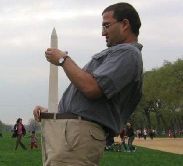 Туристы фотографируются с Монументом Вашингтона (23 фото)