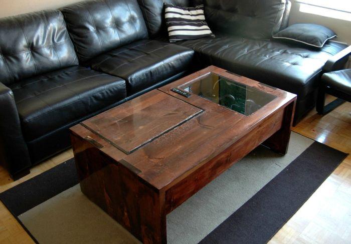 Сделать своими руками из дерева компьютерный стол