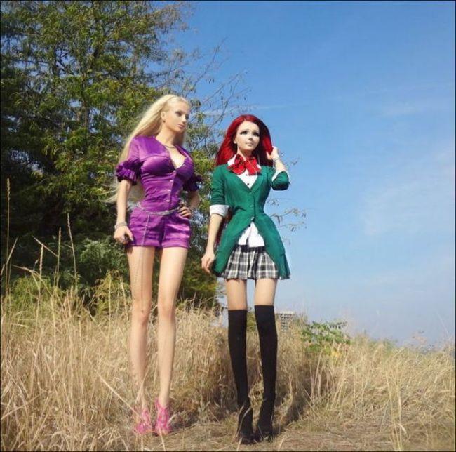 Совместная фотосессия живых кукол Fukkacumi и Amatue (11 фото)