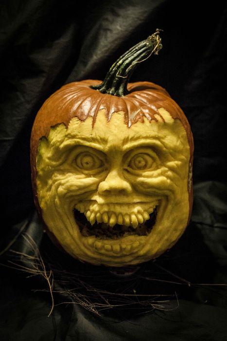 Как сделать страшную тыкву на Хэллоуин (28 фото)