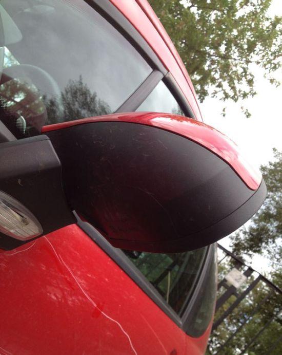 Не паркуй свой автомобиль на чужом месте (10 фото)