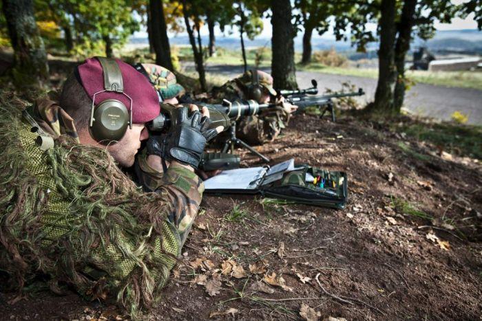 Обычный день голландских снайперов (29 фото)