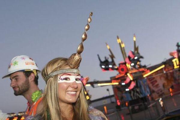 Девушки с фестиваля электронной музыки Electric Daisy 2012 (38 фото)