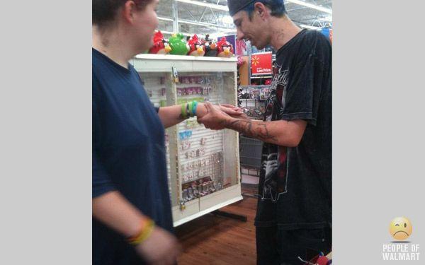 Смешные люди из супермаркетов. Часть 18 (55 фото)