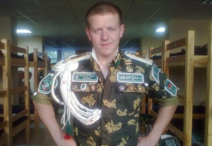 """Дембель: """"мото-швейные войска"""" (23 фото)"""