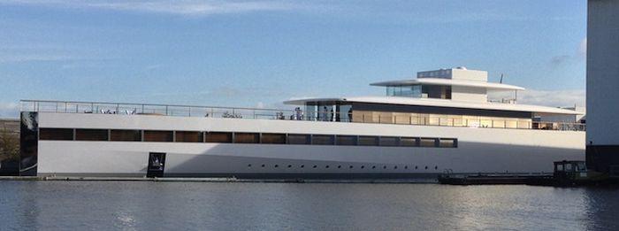 Футуристическая яхта по проекту Стива Джобса (12 фото)