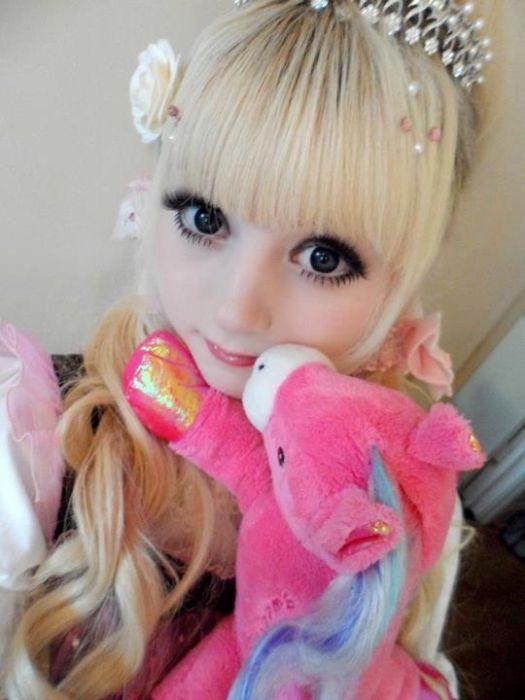 Живые куклы из социальных сетей