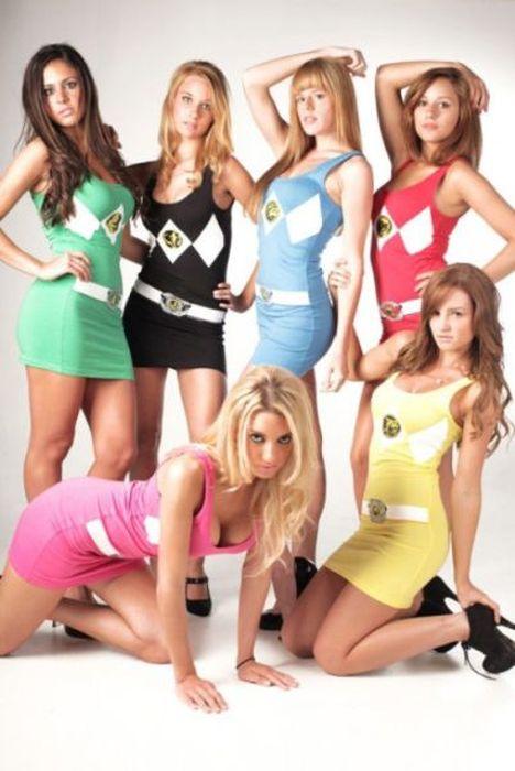 Девушки в сексуальных платьицах (45 фото)
