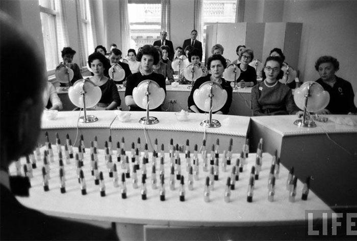 Забавная акция 50-х годов (7 фото)