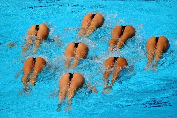 Откровенные позы симпатичных спортсменок. Часть 3 (50 фото)