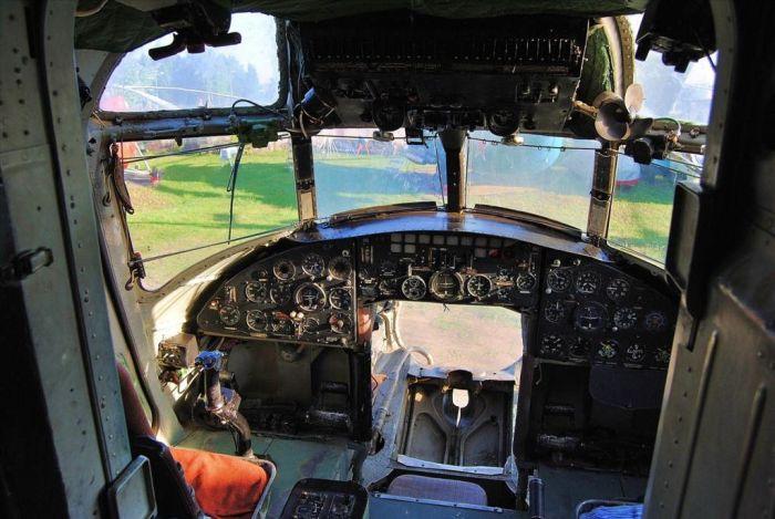 Музей авиации, дни которого сочтены (36 фото)