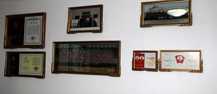 Квартира рабочего класса в Северной Корее. Осторожно, пропаганда :) (10 фото)