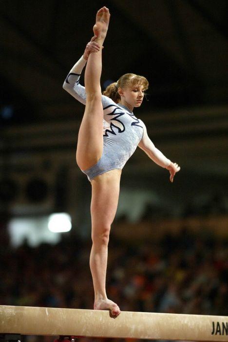 копилке насчитывается фото гимнасток в неприличной форме всю жизнь верила