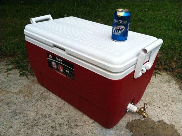 Холодильник для пива в виде сундука с сокровищами (10 фото)